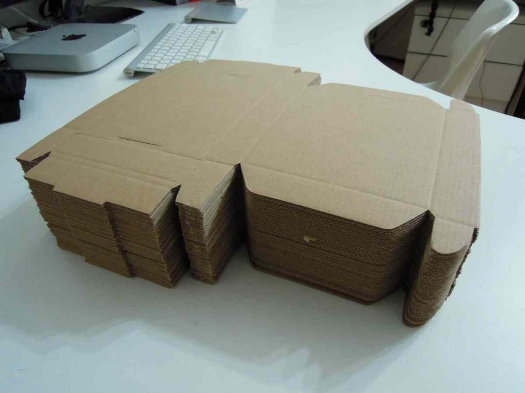 郵便受けサイズ ポストサイズの段ボール箱