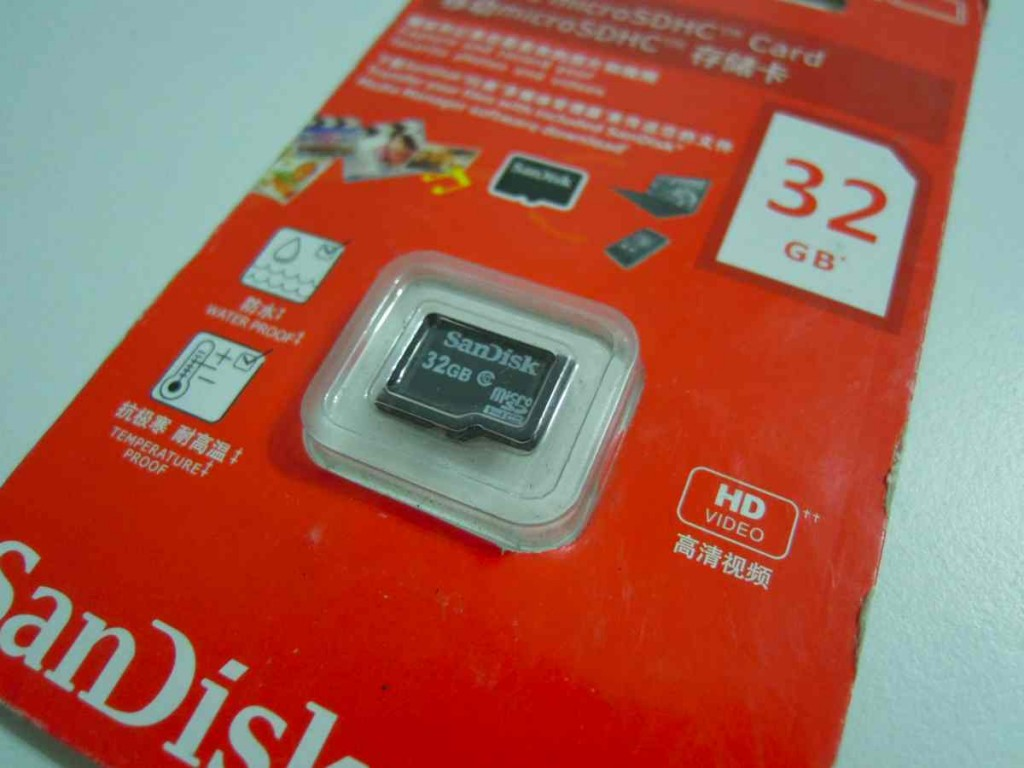 sandiskメモリー32GB